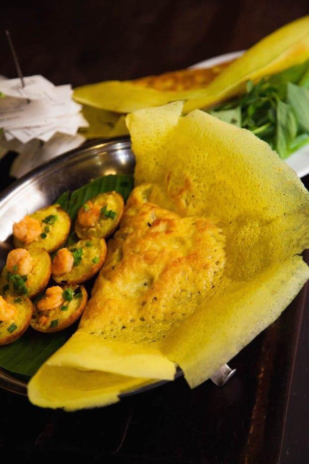 Vietnamese Crepes Quảng Hoa (Bánh Xèo Quảng Hòa)